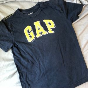 Gap Short Sleeve T-shirt S (6-7) Navy and Blue